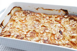 IMG_4729-Apricot-clafoutis-with-almonds-750.jpg